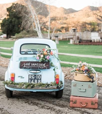 Украшения для машины на свадьбу