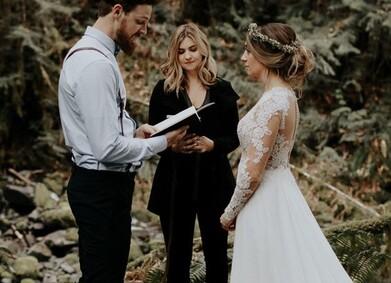Свадебные клятвы: советы по написанию и вдохновляющие примеры