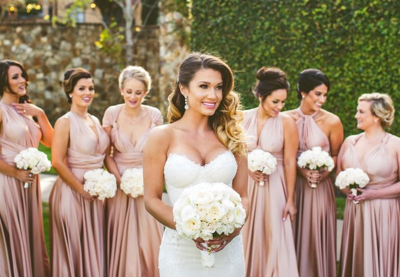 свадьба, невеста, букет невесты, подружки невесты, одинаковые платья подружек невесты