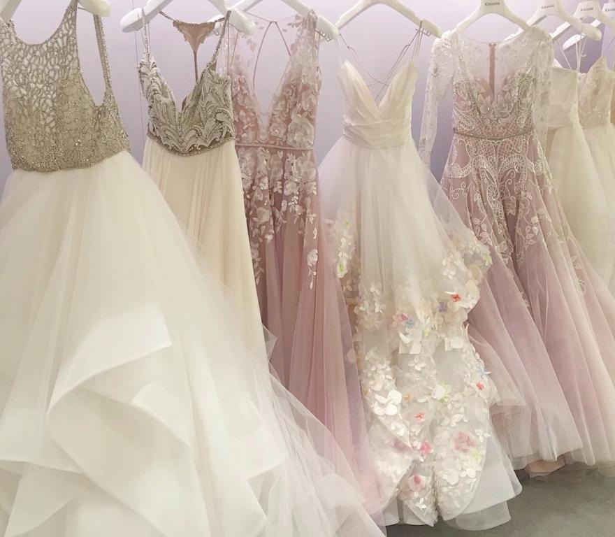 0b1567bc92f482b свадебные платья, большой выбор платьев невесты, красивые платья на  свадьбу, свадебный салон,