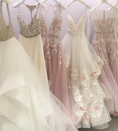 свадебные платья, большой выбор платьев невесты, красивые платья на свадьбу, свадебный салон, прокат свадебных платьев