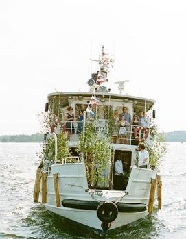 свадьба на теплоходе, свадьба на воде, маленькая свадьба