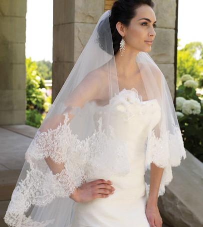 фата веер, фата средней длины, невеста в фате, красивая фата