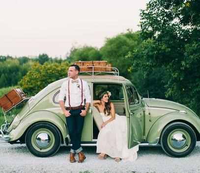 Машина ретро для винтажной свадьбы
