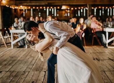Музыка на свадьбе: 12 самых частых ошибок молодоженов