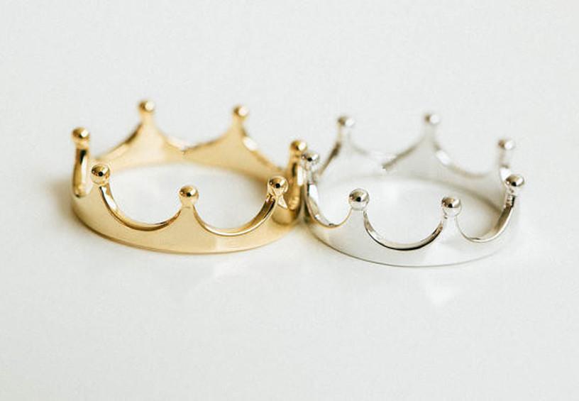 свадебные кольца корона, обручальные кольца необычные