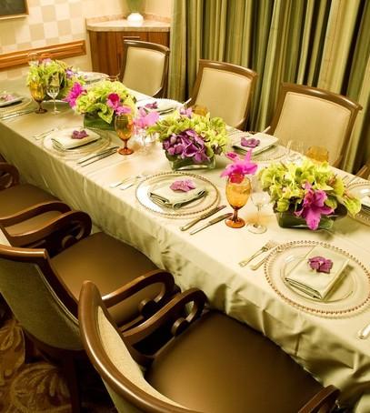 свадьба в ресторане, свадебный банкет, оформление свадебного стола