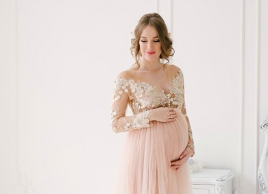 Свадебное платье для беременной невесты: что искать?