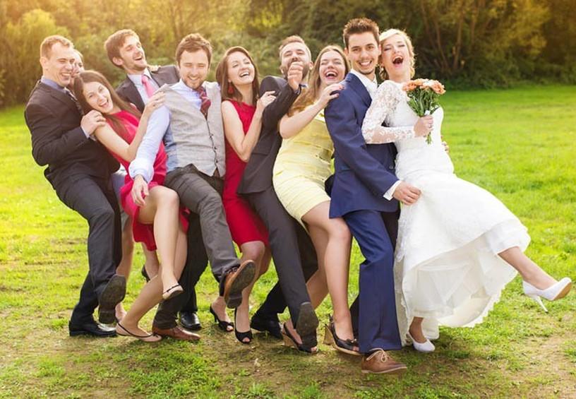 свадьба в кругу друзей