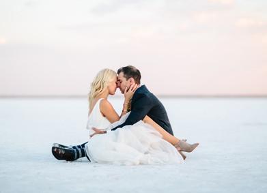 Свадьба для двоих – романтичней не придумаешь!