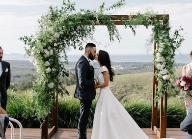 Свадебная арка из живых цветов без помощи профессионала!