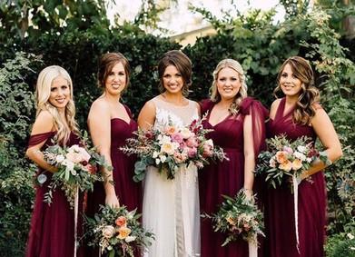Цвет свадьбы – роскошный Бордовый
