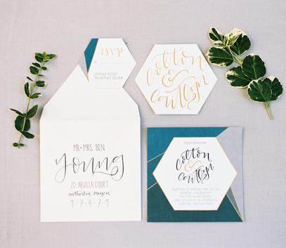 Пригласительные на свадьбу геометрические