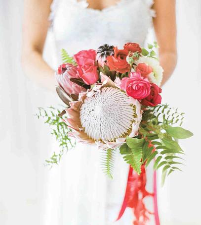 свадебный букет 2019, букет невесты 2019, модный букет, коралловые цветы