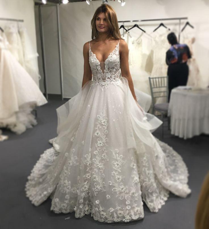 c48bd29c0c1abf7 невеста, платье невесты, свадебное платье, белое платье на свадьбу с  вышивкой, фатин
