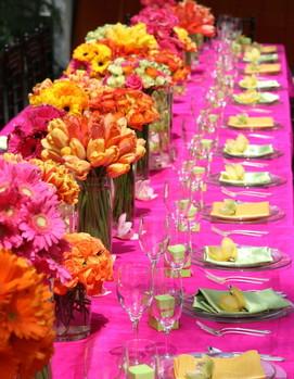 свадьба в цвете фуксия, оформление свадебного стола