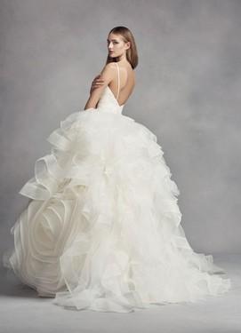 Пышное свадебное платье невесты 2017