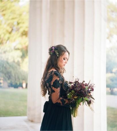 невеста, чёрное платье, свадьба, свадебный букет