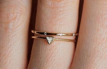 Тонкое элегантное обручальное кольцо