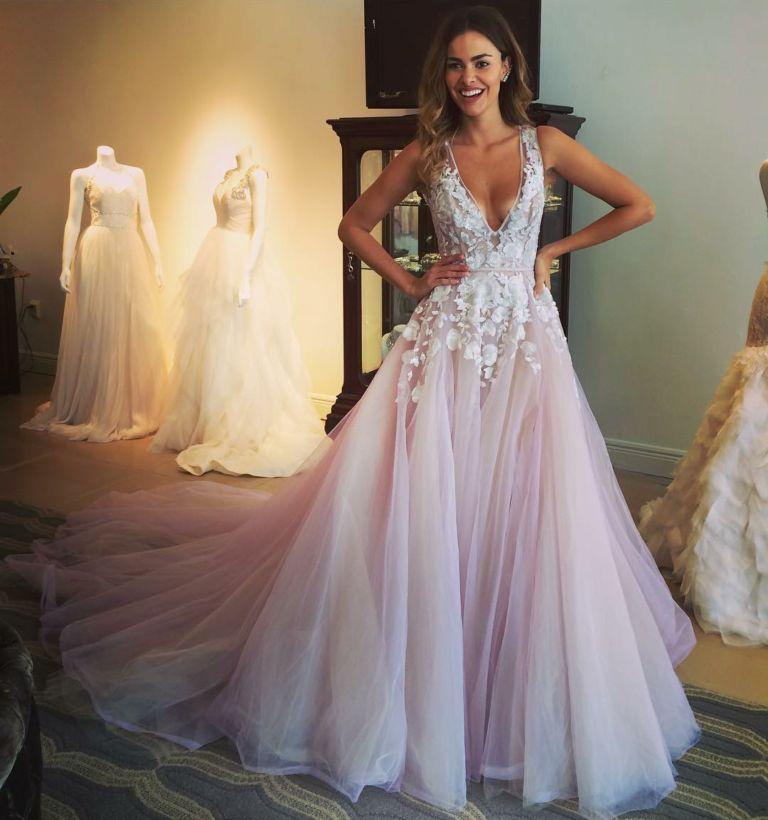 5a3e4a2abc4668f Свадебное платье напрокат: за и против