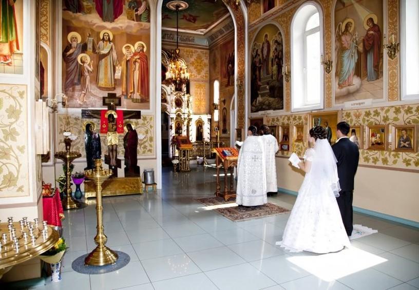 венчание, украинская свадьба, венчальный рушник, венчание, церковь