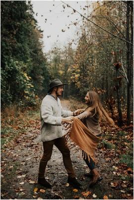 Согласовать с фотографом место и стиль Love story фотосессии.
