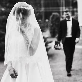 Продумать встречу жениха и невесты в день свадьбы.