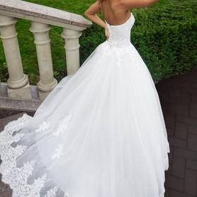 Lady in White - портфолио 5