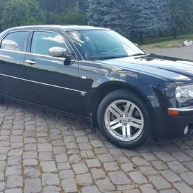 Chrysler 300C - авто на свадьбу в Житомире - портфолио 1