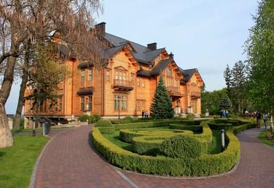 Межигорье (Резиденция) - место для фотосессии в Киеве - портфолио 5