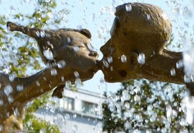Памятник влюбленным - фото 3