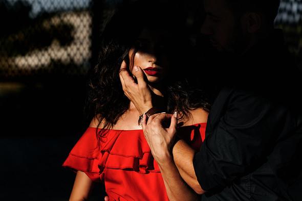 Red & Black - фото №6