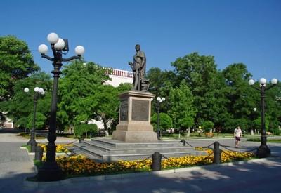 Потёмкинский сквер - фото 1
