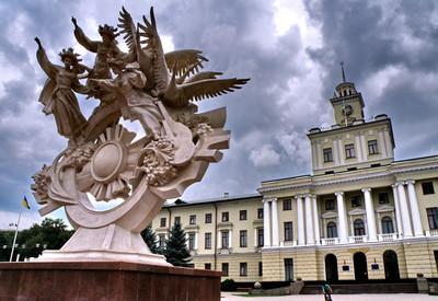 """Памятник """"Вера. Надежда. Любовь"""" - фото 1"""