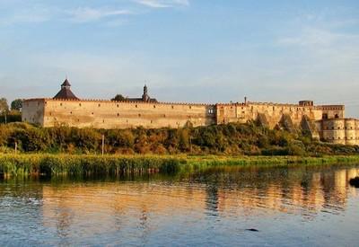 Меджибожский замок - фото 2