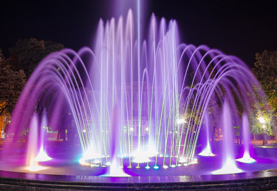 Светомузыкальный фонтан - фото 1