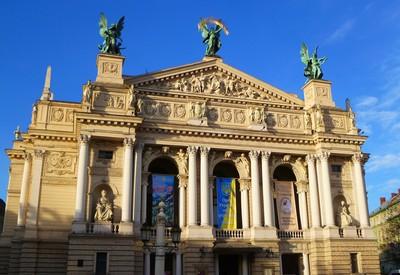 Театр оперы и балета им. Крушельни́цкой - портфолио 3