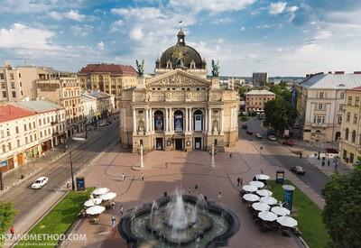 Театр оперы и балета им. Крушельни́цкой - фото 2