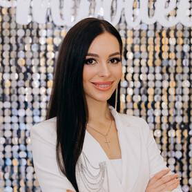 Ведущий Дарья Mos