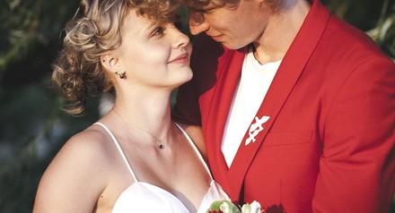 Всем заказавшим свадебную фотосессию на июль , предсвадебная лав-стри в подарок