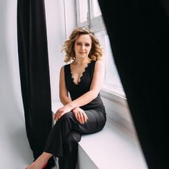 Екатерина  Бахтиярова - ведущий в Запорожье - фото 1