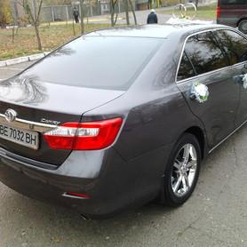 Toyota Camry - авто на свадьбу в Николаеве - портфолио 4