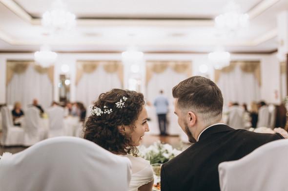 Первый поцелуй на венчании - фото №105