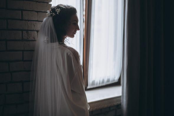 Первый поцелуй на венчании - фото №12