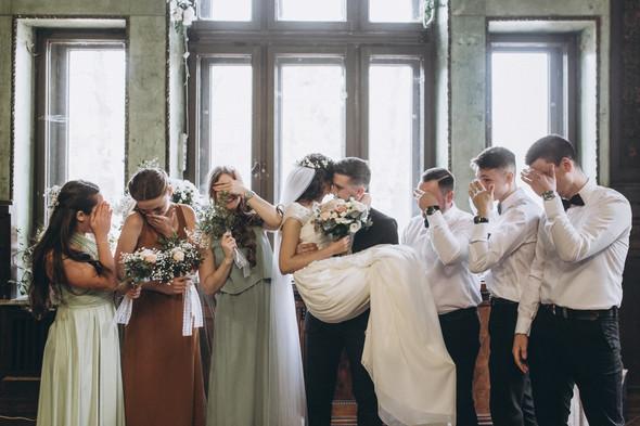 Первый поцелуй на венчании - фото №60