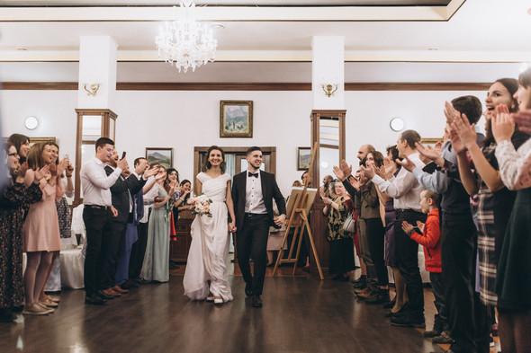 Первый поцелуй на венчании - фото №93