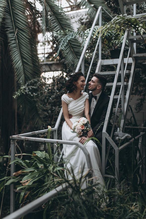 Первый поцелуй на венчании - фото №87