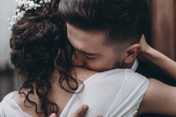 Первый поцелуй на венчании - фото №81