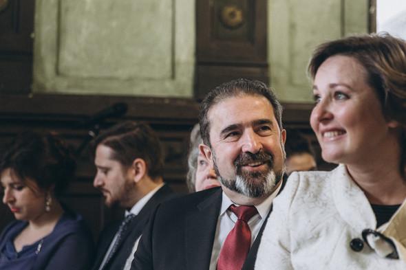 Первый поцелуй на венчании - фото №36
