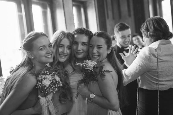 Первый поцелуй на венчании - фото №53
